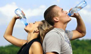 Uống nước đúng cách mỗi ngày